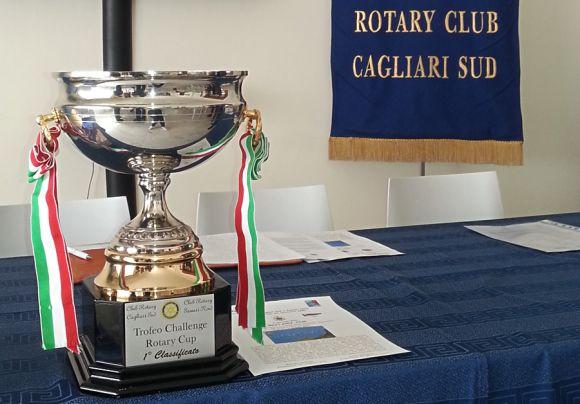 Trofeo primo classificato (foto Giulia Maricca)