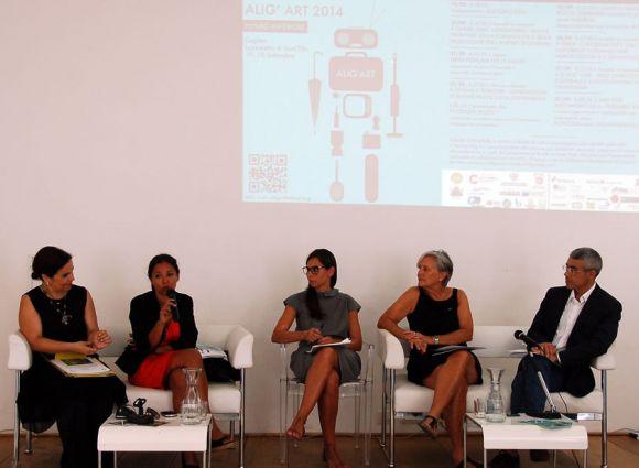 Enrica Puggioni durante la presentazione di Alig'Art 2014