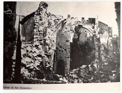 La chiesa di San Domenico distrutta dai bombardamenti (1943)