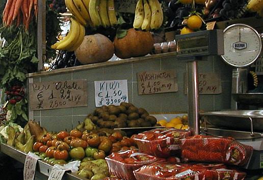 Stand di frutta e verdura